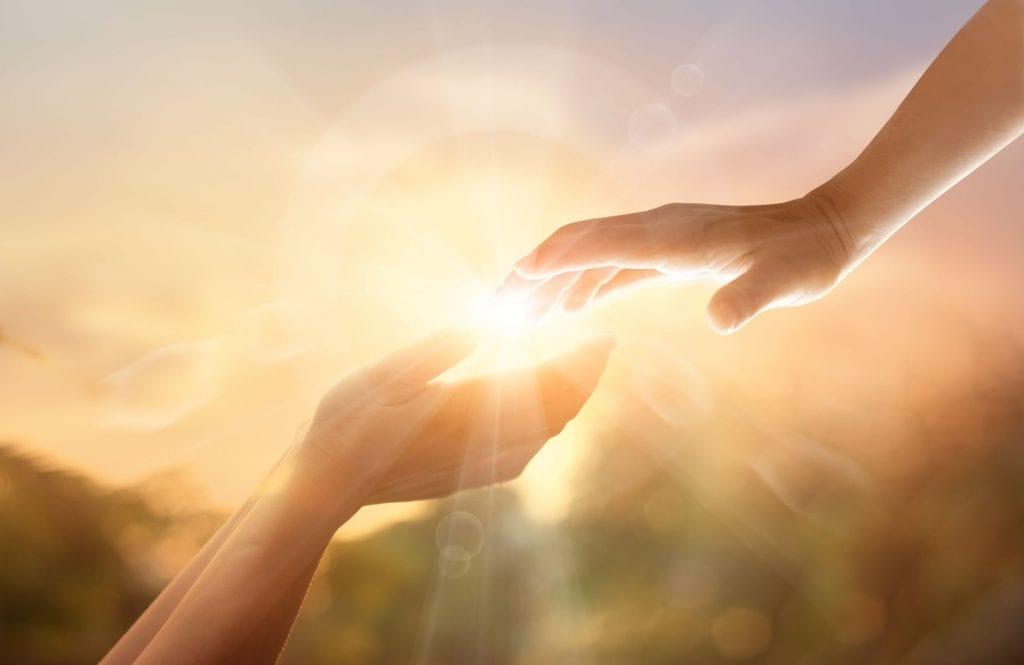 כיצד ניתן לטפל ולסייע ליקרים לנו - אלונה בן ארי